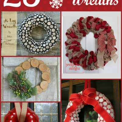 25 Christmas Wreaths Worth Hanging on Your Door
