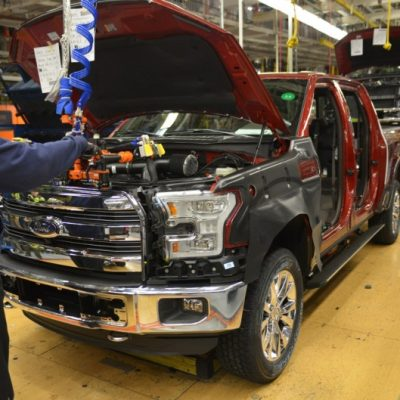 The 2015 F-150 Sparks Record Level Interest and Offers Ride in Drive