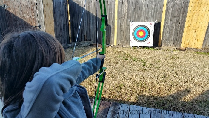 Let Archery Help Motivate Your Kids to Stay Active #BullsIDidIt