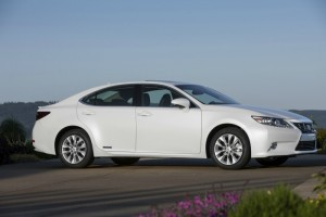 When Technology Performance and Style Come Together – Lexus ES 300H