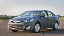 Toyota Avalon Hybrid Side