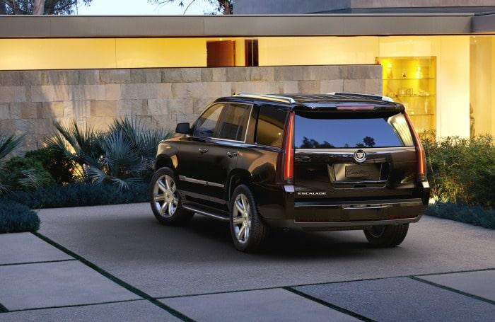 2015-Cadillac-Escalade-042 rez