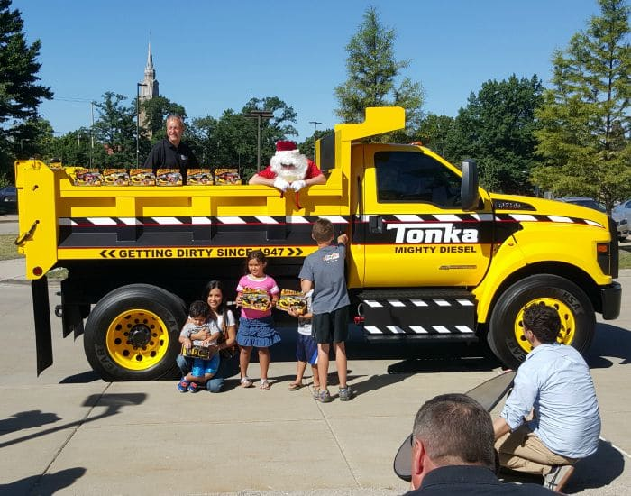 Ford F-750 Tonka Mighty Diesel