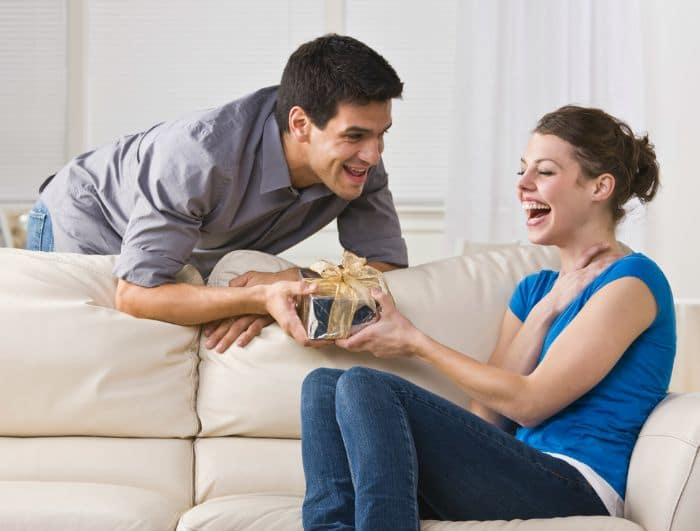 Fool-Proof Birthday Gift Ideas for Your Wife