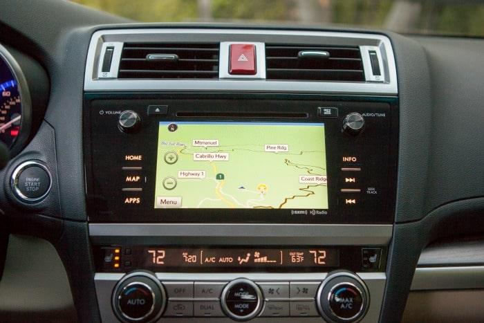 2015 Subaru Legacy int