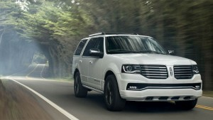 Redesigned Ride, Comfort and Technology Make Up the New 2016 Lincoln Navigator