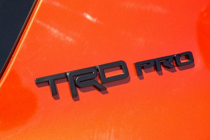 2015_Toyota_TRDPro_4Runner_008