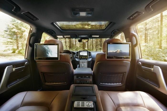 2016 Toyota Land Cruiser back seat