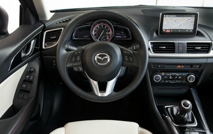 2016 Mazda3 Touring int