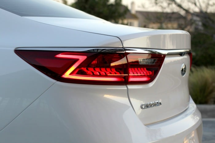 2017 Cadenza Rear end