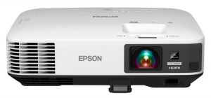 The EPSON 1440 Projector is Visually Pleasing and a Machine