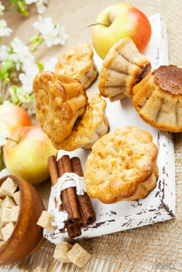These Cinnamon Apple Muffin are Perfect for Fall