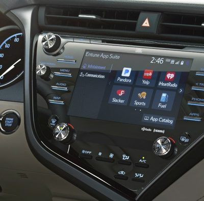6 Ways Toyota Avalon Surrounds You with Smart Stuff for the Whole Family