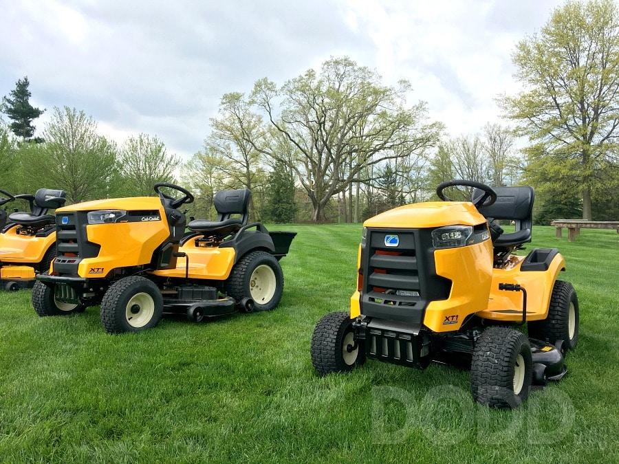 Cub Cadet XT1 Lawn Tractor