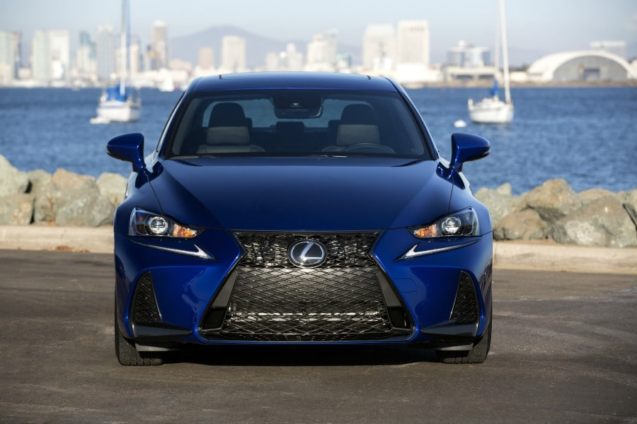 Inside and Out of the 2019 Lexus IS 350 F Sport