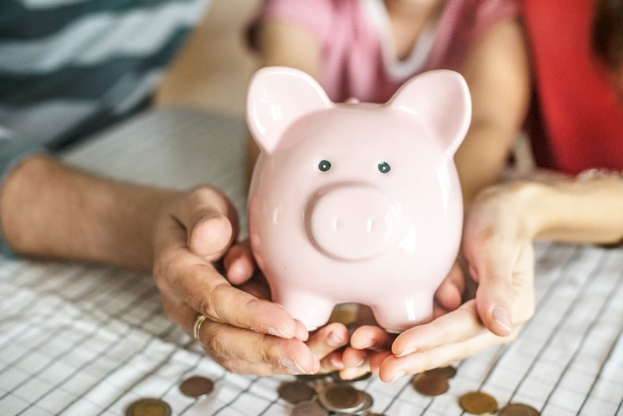 Living on a Budget- Without Too Many Sacrifices!