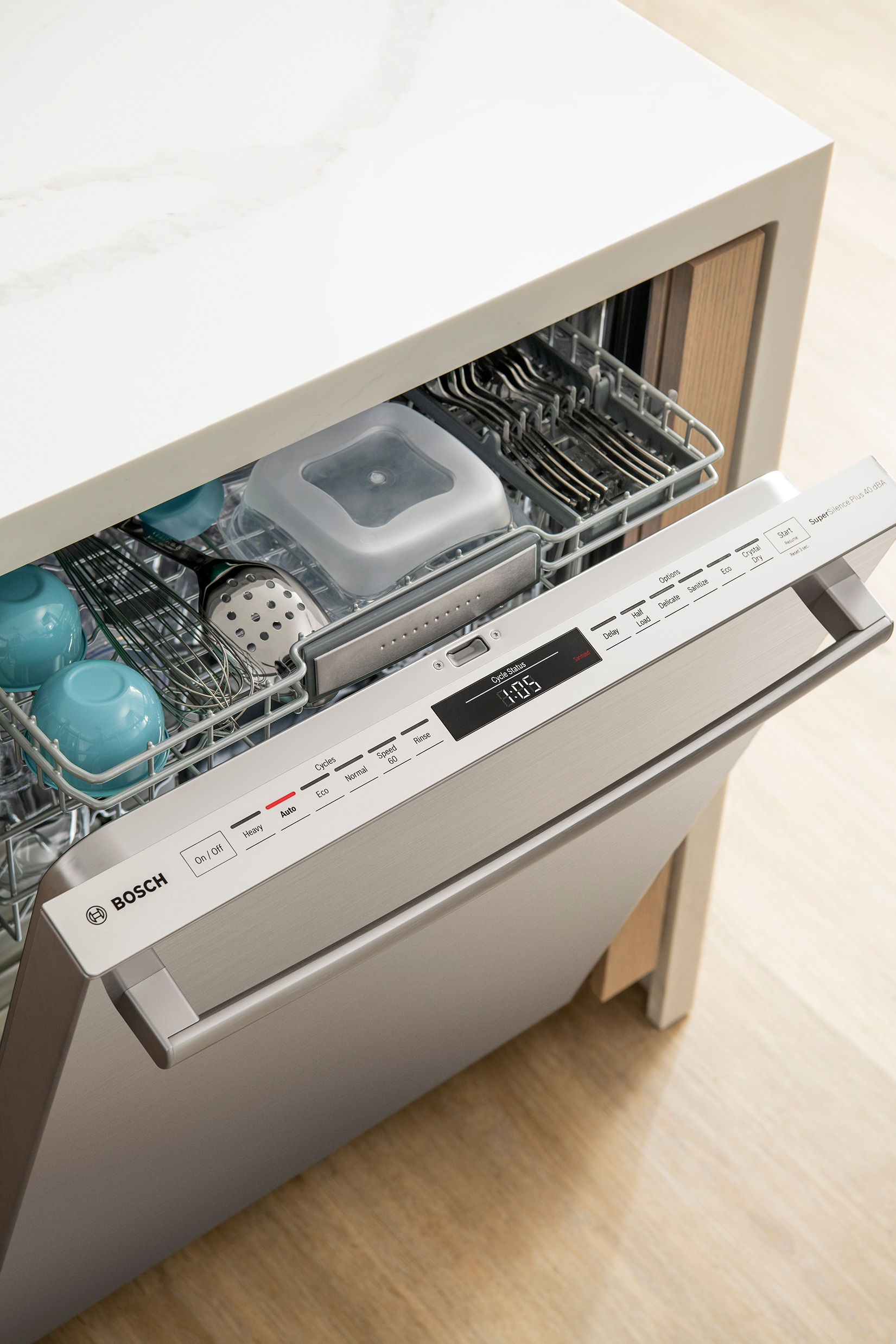 Get Those Dishes CrystalDry™ with a Bosch 800 Series Dishwasher