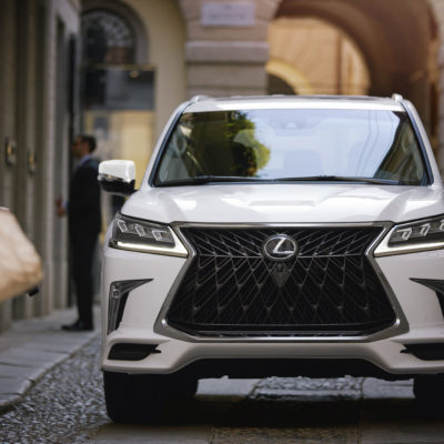 My Opinion: The Lexus LX 570 is the Best Family 2020 SUV