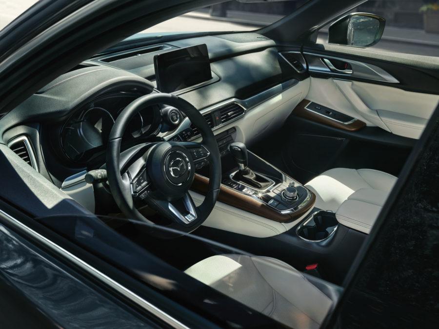 Interior 2020 Mazda CX-9
