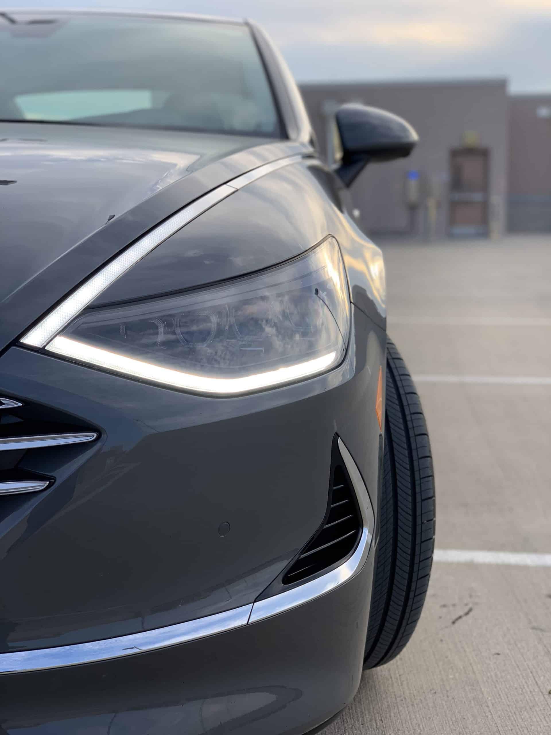 The Sonata Hybrid Has a Solar Roof