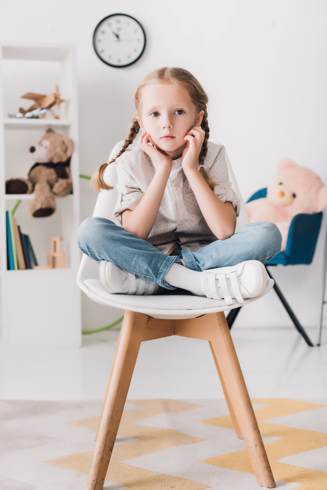 How to Raise an Extrovert Child When You Are an Introvert