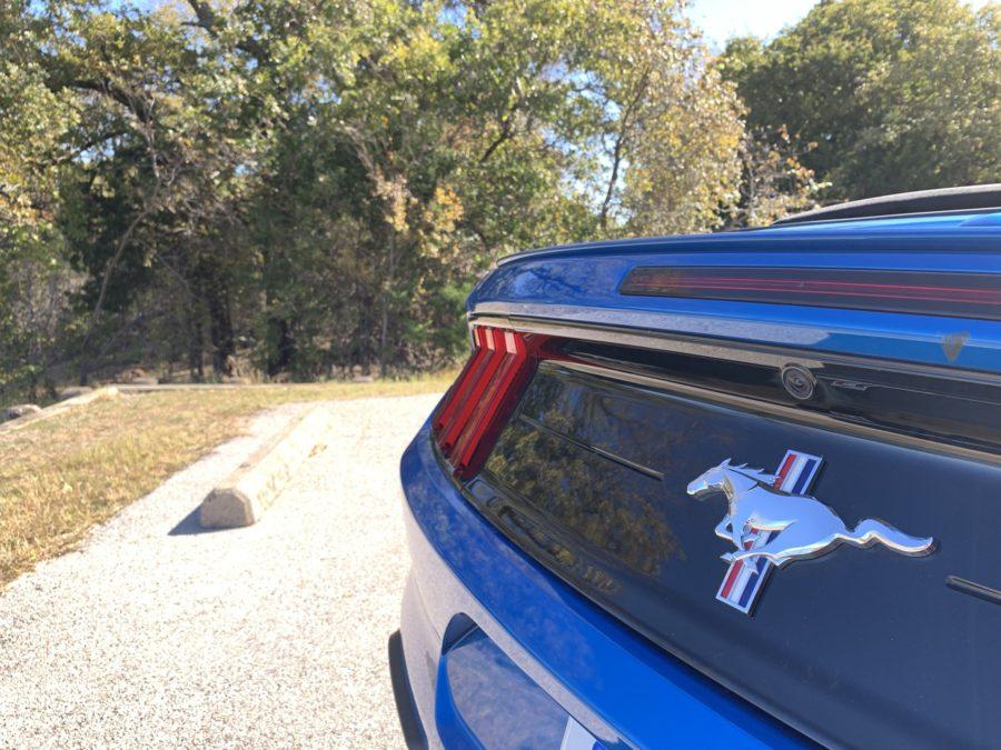 mustang convertible trunk