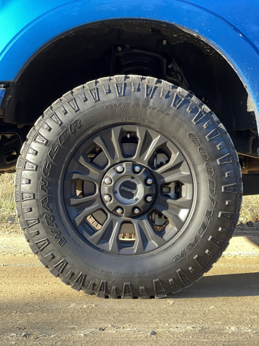Ford F250 Super Duty Tremor wheel
