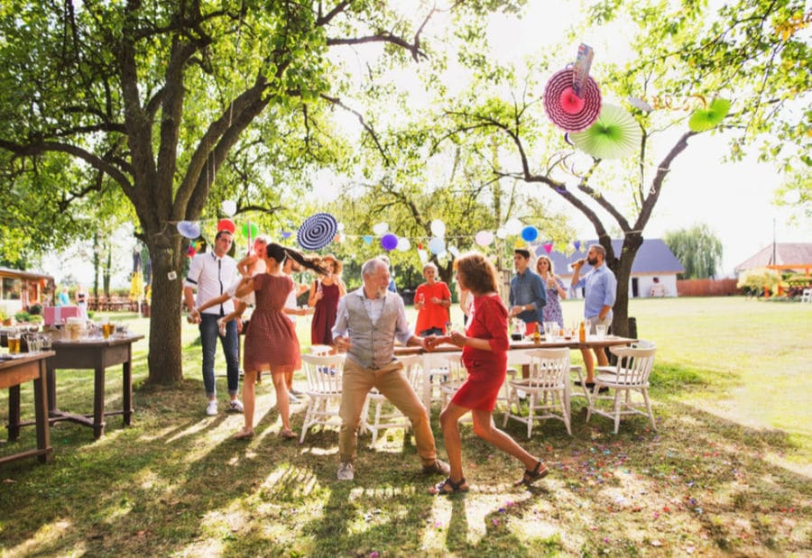 7 Fun Party Ideas to Throw With Friends