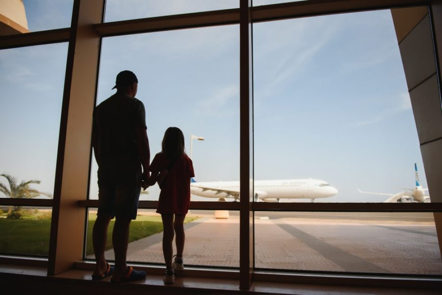 5 Easy Ways To Survive Airport Stress