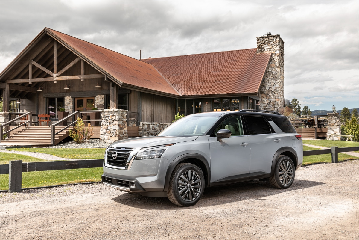 2022 Nissan Pathfinder with ProPILOT Assist