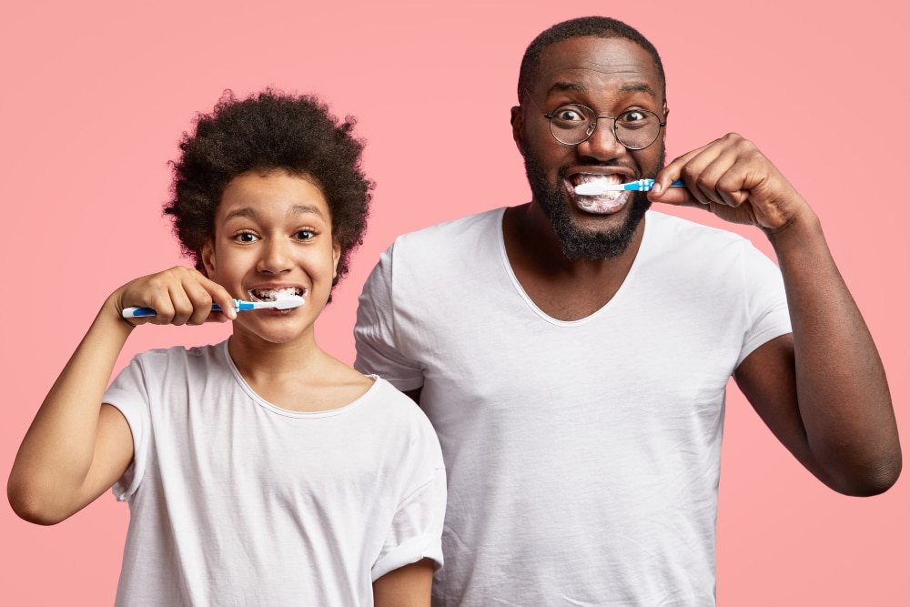 7 Care Tips For Your Teeth When You Can't Visit The Dentist