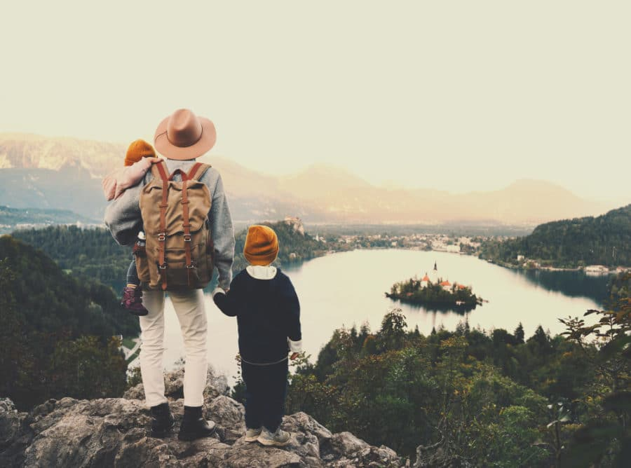 Tips for a Fun Hike With Kids