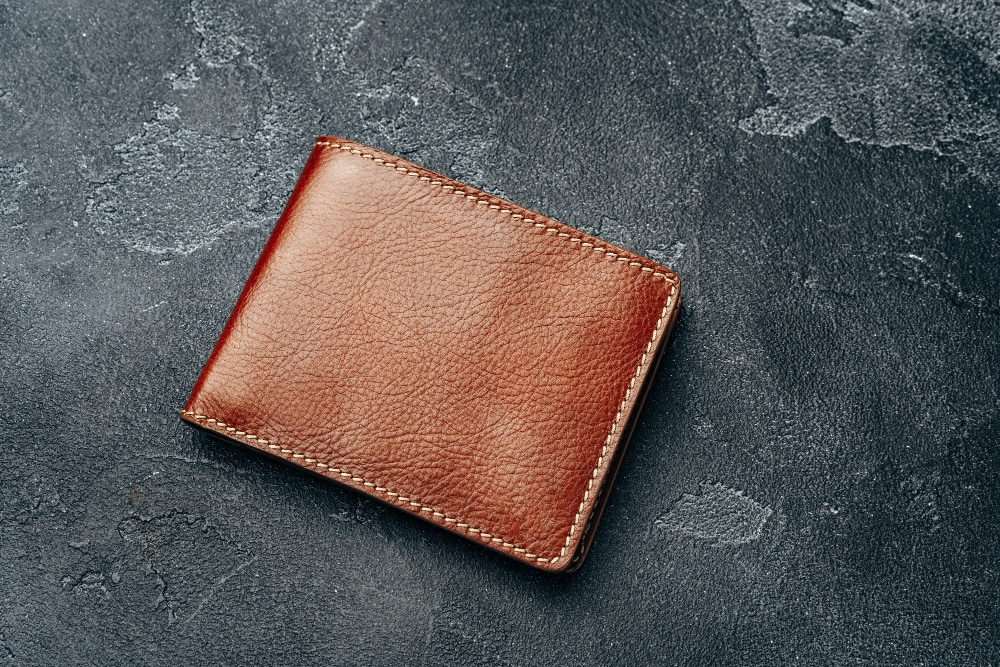 How to Pick A Wallet That'll Match Your Style